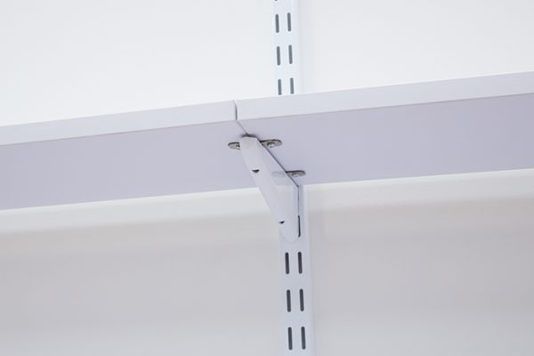 Flexi Storage Home Solutions Duo Fixing Brackets installed on Home Solutions Double Slot Bracket, fixing 2 Timber Shelves end-to-end using screws